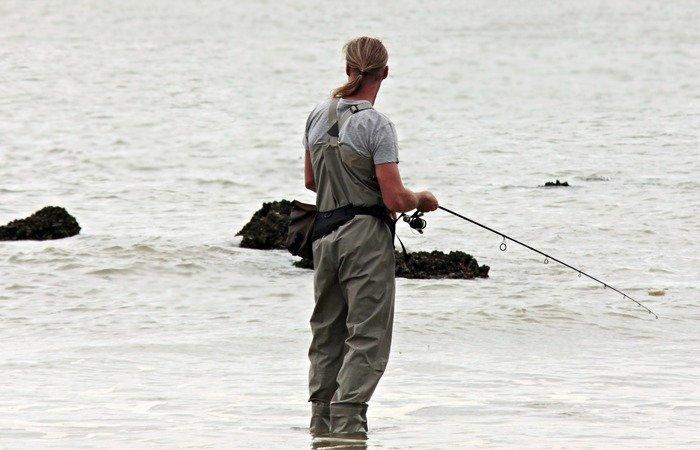 equipo de pesca spinning mar